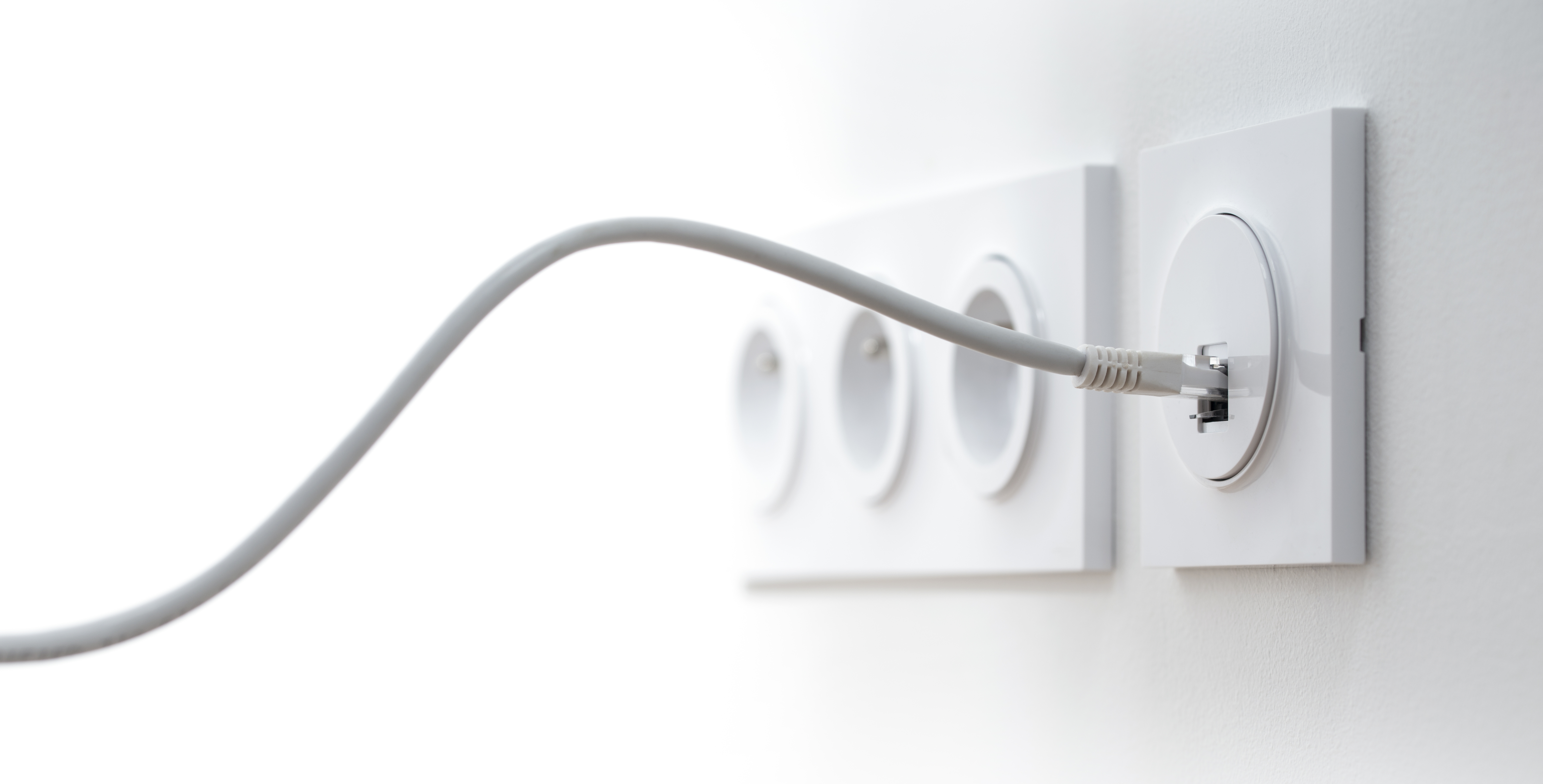 Ethernet cable wall fitting
