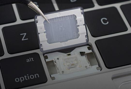 MacBook adn Pro