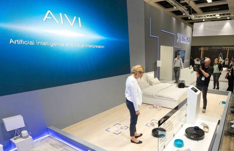 ECOVACS AIVI at IFA 2018