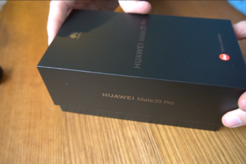 Hands on a Huawei Mate20 Pro box, just about to open it.