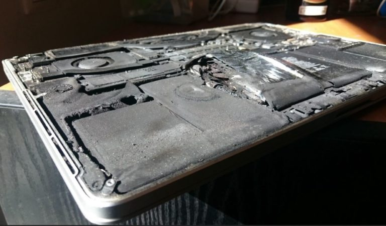 MacBooks can't fly