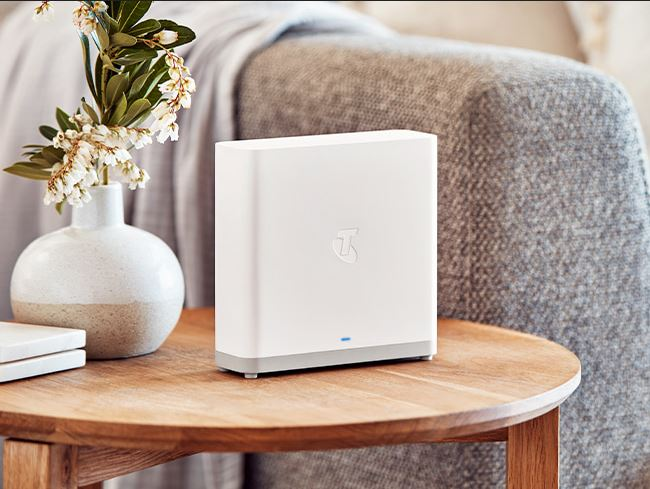 Telstra Smart Wi-Fi Booster Gen 2