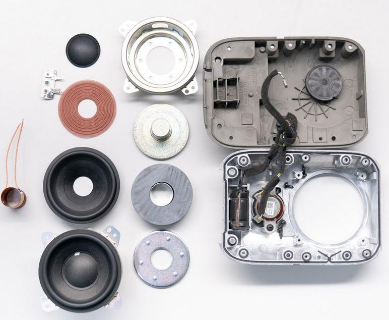 Google Nest Audio explode