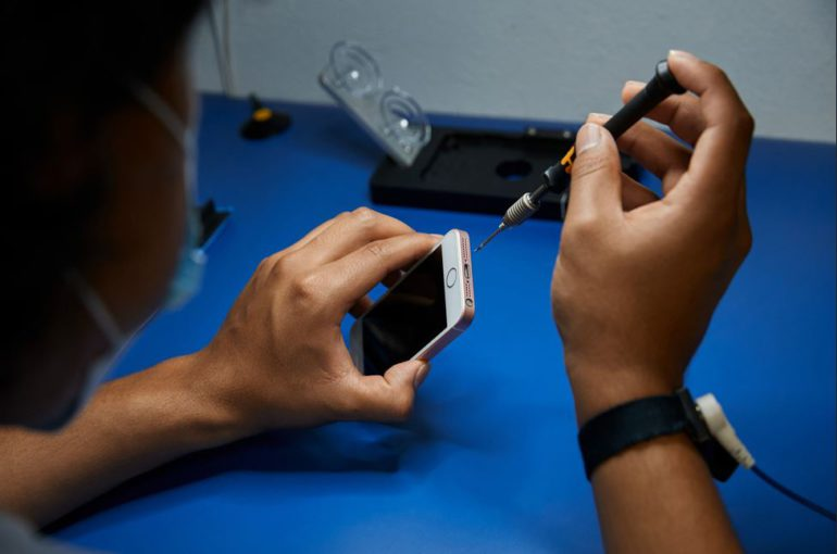 Apple independent repair provider