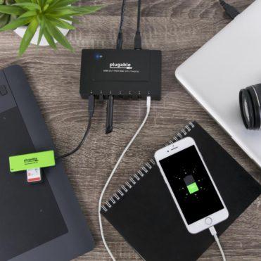 Plugable USB 7 port